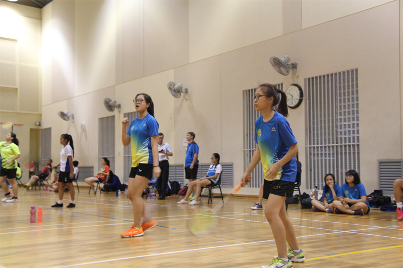 Girls 2 Fayth and Angel in action (WZ Badminton Championship).JPG