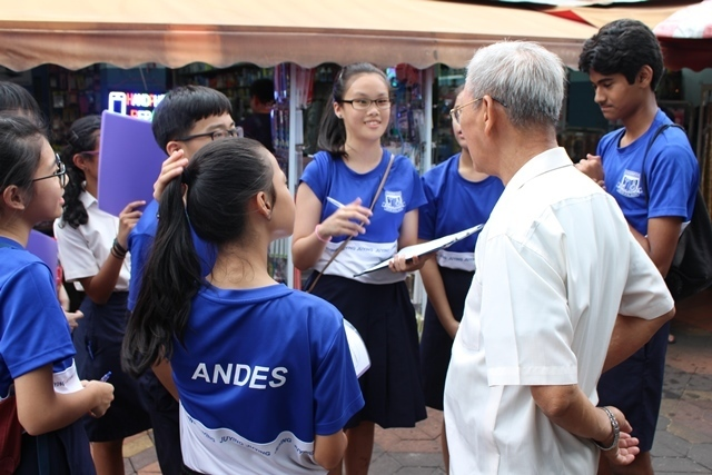 Sec 2 GI - 30 Mar 2016 - Interviewing resident about Nanyang Community(2).jpg