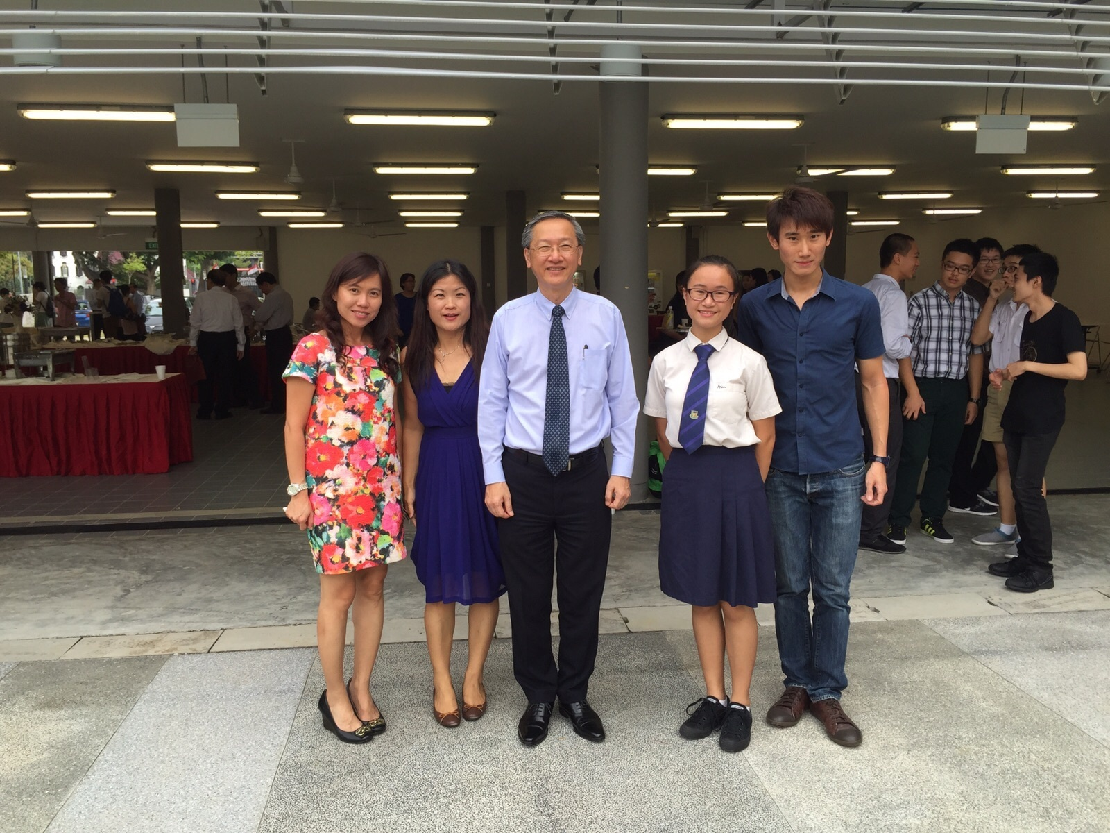 chinese essay writing competition singapore Mandarin monday: my contribution to chinese essay competition posted on may 21, 2012 by support every semester sun yat-sen university has an essay competition for.
